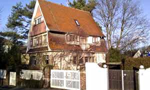 Haus-August-Buxbaum-Anlage